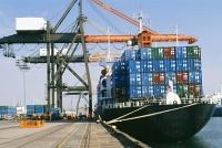 Solitea, vykládka kontejnerů