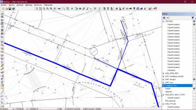 Obr. 1 Projektovaná vodovodní síť – topologický model vodovodu – hlavní řad silně, hranice pozemků a body a trojúhelníky digitálního modelu terénu