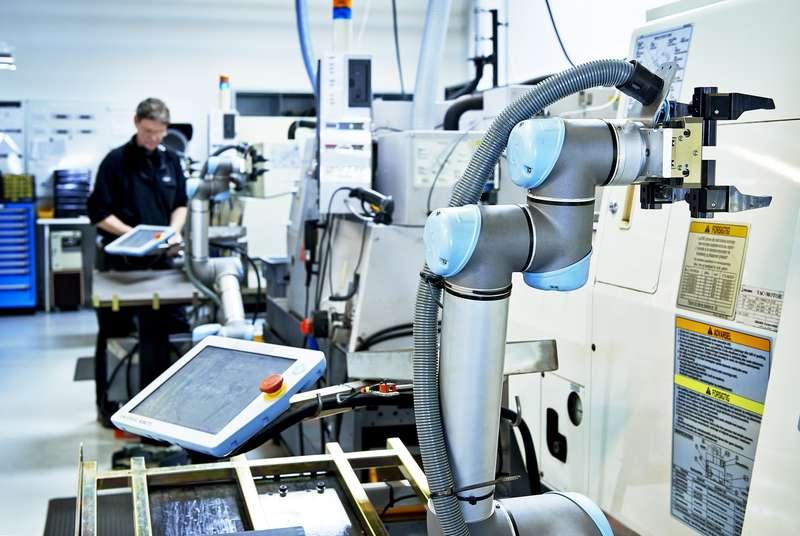 Průzkum ukázal, že i menší firmy plánují investovat do robotizace