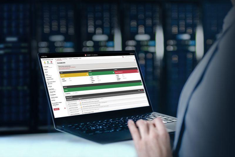 Řídicí systémy pro dohled nad UPS a datovými centry